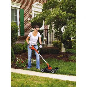 BLACK+DECKER MTC220 -mower