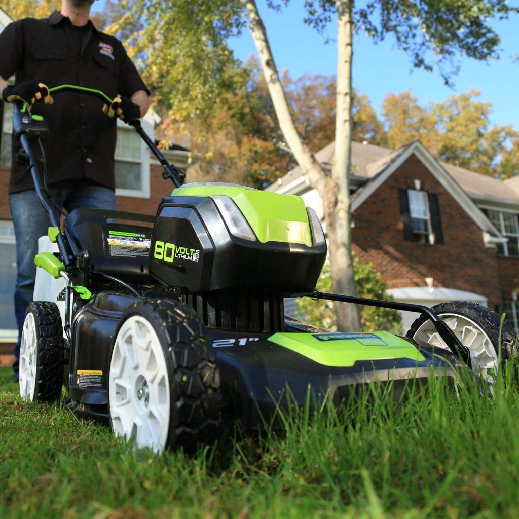 GreenWorks GLM801600 80V 21-Inch Cordless Lawn Mower