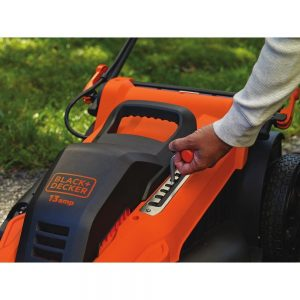 Black and Decker MM2000 electric mower - height adjustment